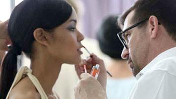 Behind-the-scenes sneak peek at ARTISTRY shoot with Miss Japan 2015